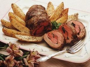 Блюдо литовской кухни - мясной рулет