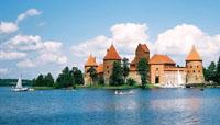 старинный литовский замок в городе Тракай