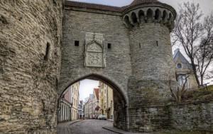 Замки и усадьбы Эстонии