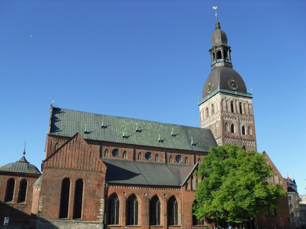 Изображение рижского Домского собора