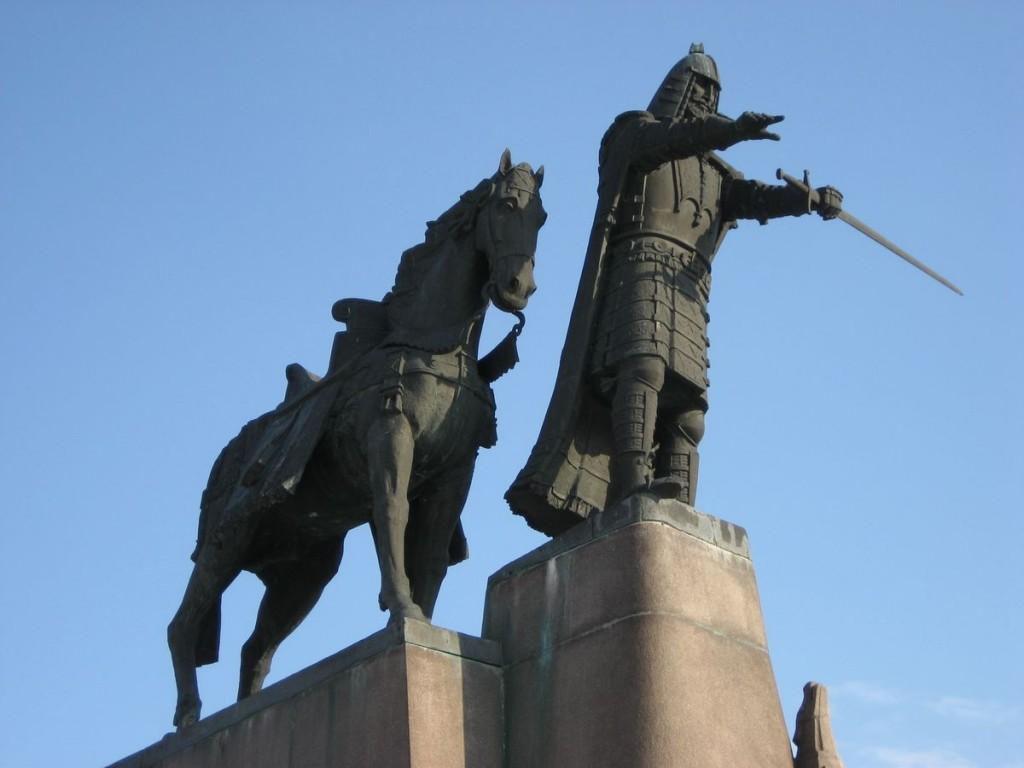 Изображение памятника Гедиминасу