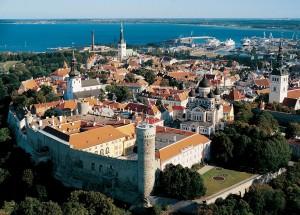 Фотография Старого Таллина и пассажирского порта
