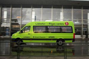 Микроавтобус Airport Express в Риге
