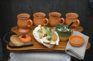 Изображение блюд и напитков тадиционной латышской кухни