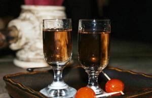 Крепкая настойка на меду по старинному Литовскому рецепту