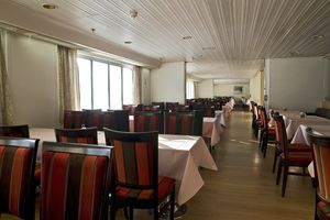 Ресторан Seven Seas на пароме