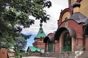 Успенский собор Пюхтицкого женского монастыря