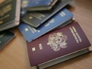 Латвийские паспорта