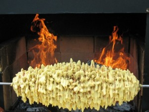 Литовский торт шакотис на огне